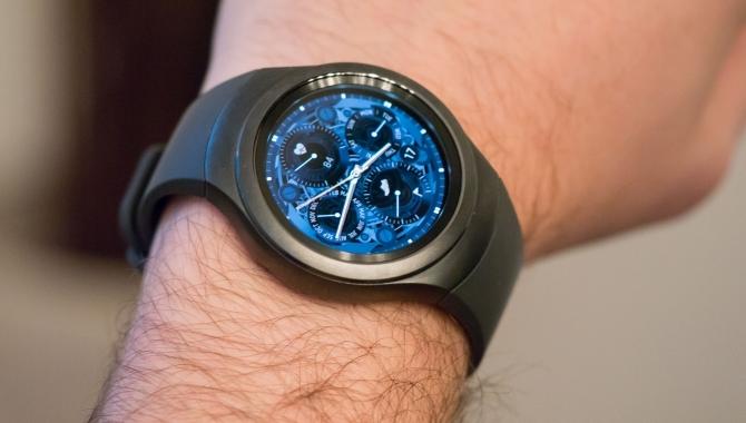Samsung Gear S2 – innovativt og solidt smartwatch [TEST]