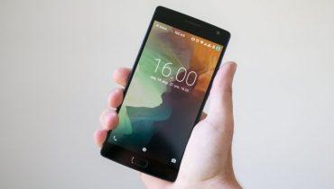 OnePlus 2: Gennemført efterfølger med små skavanker[TEST]