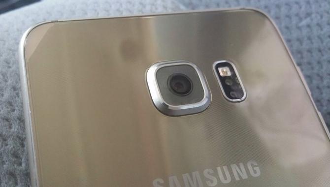 Større Samsung Galaxy S6 Plus lækket på billeder