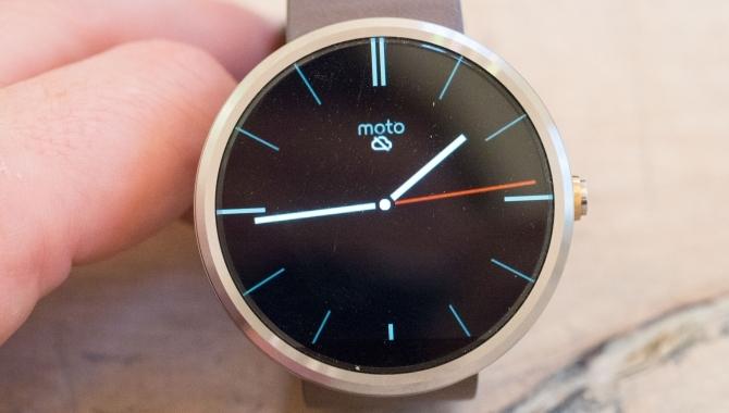 Motorola Moto 360: Uret du ikke behøver [TEST]