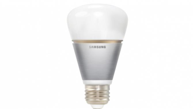 Samsung introducerer farveglade Smart Bulbs