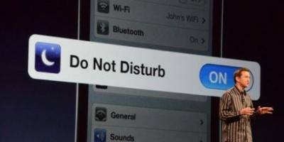 Tip: En tændt iPhone kan sagtens garantere total nattero