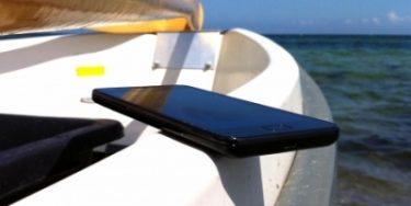 Red din smartphone fra druknedøden