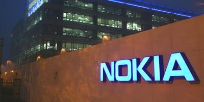 Økonomisk gulerod skal forhindre flugt fra Nokia