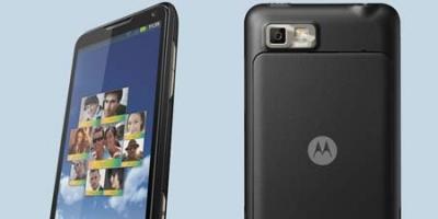 Motorola Motoluxe – stærkt design, svagt indhold (mobiltest)