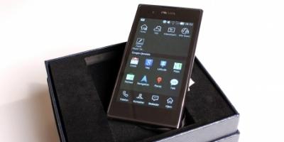 LG: Pradaficér din Prada-telefon