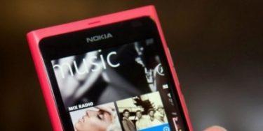 Anmelder: Nokia Lumia 800 er et godt comeback