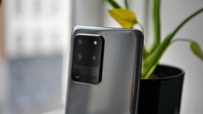 Nu løser Samsung kamera-problemer med Galaxy S20-serien
