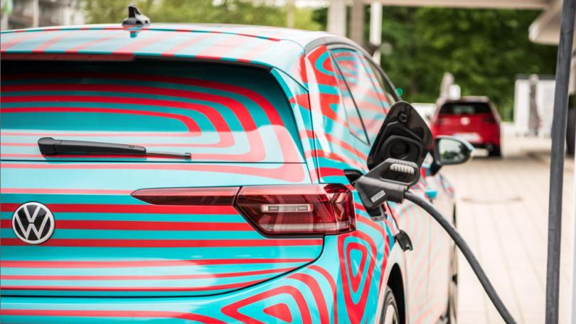 Nye batterier giver billigere elbiler og længere rækkevidde