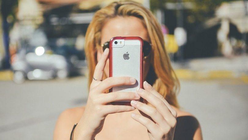 Tjek UV-indeks på mobiltelefonen