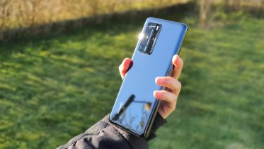 Sammenligning: Huawei P40 Pro mod Samsung Galaxy S20