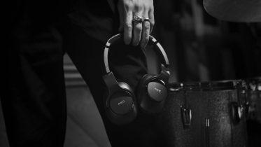 AKG N700 og Y600: Nye trådløse hovedtelefoner med støjreduktion