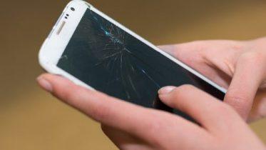 Telenor giver gratis årligt skærmskifte i mobilabonnementer