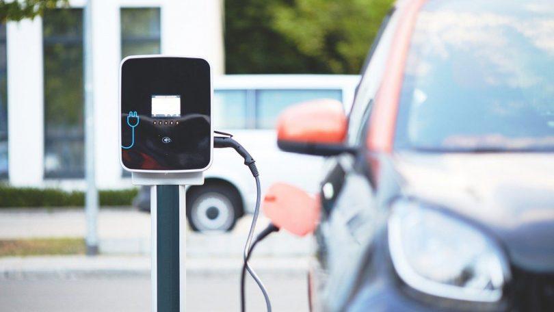 Bilproducenterne dropper brint og satser på batterier