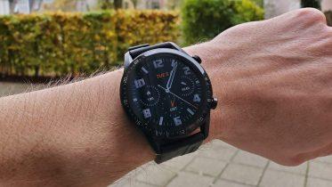 Godt gang i salget af Huaweis smartwatch og fitness trackere