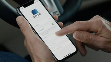 Med CarKey til iPhone kan du låse din bil op