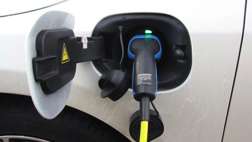 Ny klimaaftale skal sikre flere ladestandere til elbiler