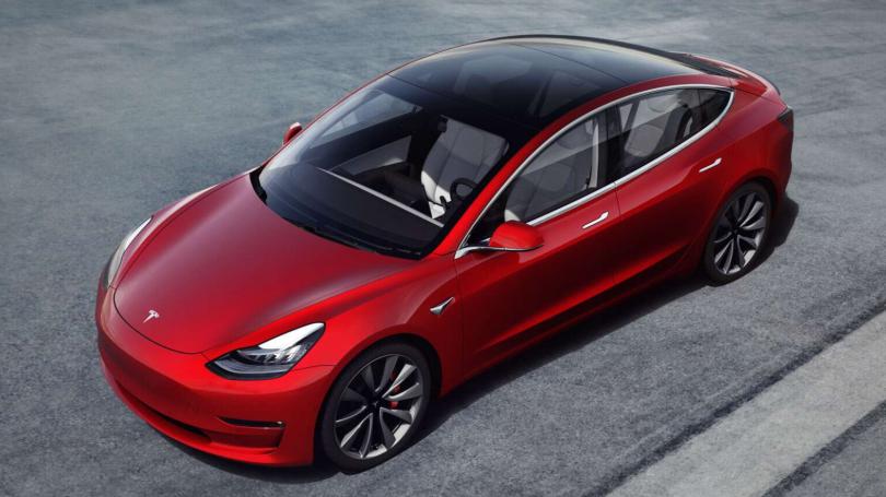 Bestilte 27 Tesla Model 3 ved en fejl