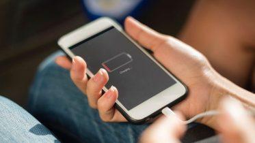 Mobiltelefoner med bedst batteritid – disse telefoner holder længst