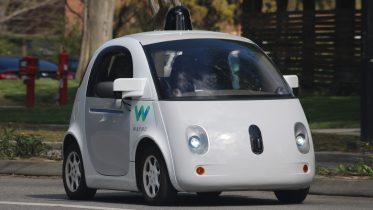 De selvkørende biler på 5G kommer tidligst i 2030