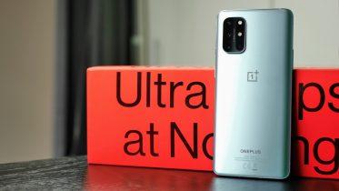 OnePlus 8T er officiel: 120 Hz og ornli' syg opladning