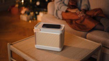 B&O Beolit 20 har bedre lyd, batteri og indbygget trådløs opladning