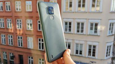 Først kig og test af Motorola Moto E7 – god første mobil