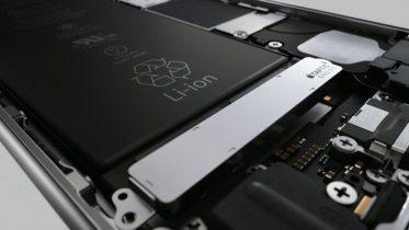 Apple sagsøgt for at gøre iPhones langsommere