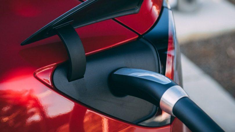 Sådan får du billigere og smartere opladning af elbilen