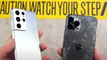 Droptest: Samsung Galaxy S21 Ultra vs iPhone 12 Max