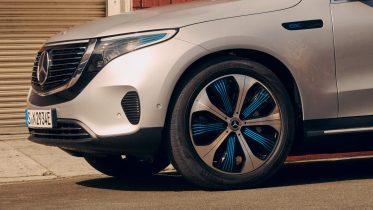 Softwarefejl: Mercedes må kalde over 1 mio. biler tilbage