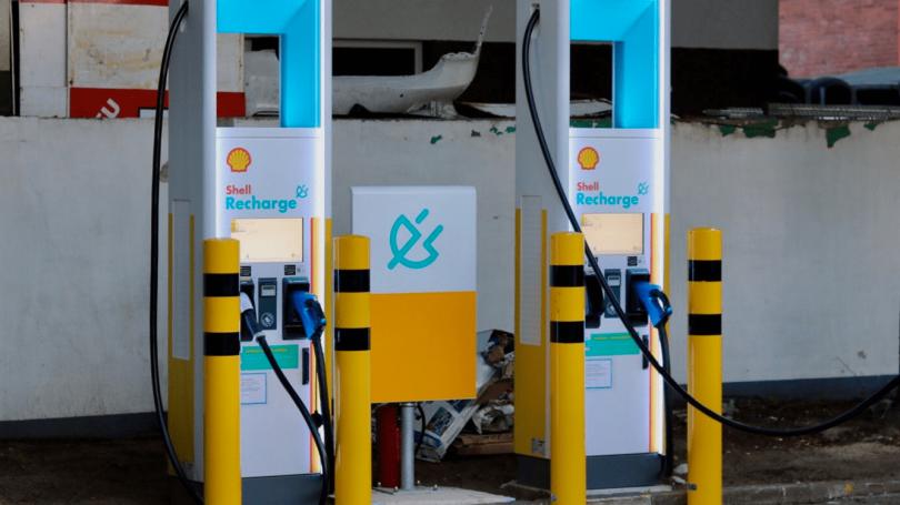 Shell vil etablere en halv million ladestandere inden 2025