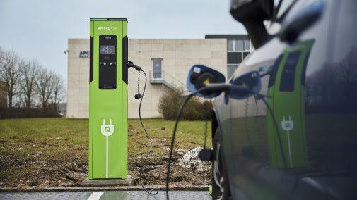 Apcoa og Siemens bringer ladestandere til parkeringsanlæg