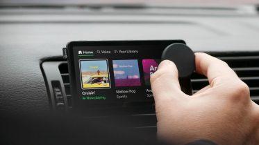 Spotify vil gøre det nemmere at høre musik i bilen med Car Thing