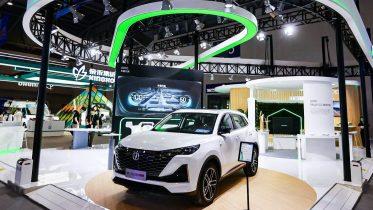 Producent: telefoner bliver midtpunkt i fremtidens biler