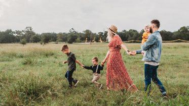 Lavprisselskab eller samlerabat – hvad er billligst for familien?