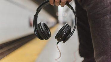 Kablede høretelefoner er det nye vinyl