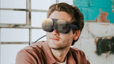 HTC Vive Flow: Fikst og lækkert VR-headset til mobilen