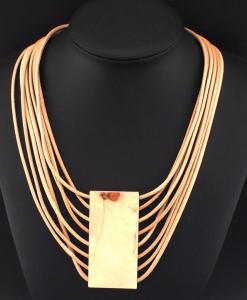 woman-gold-510x600