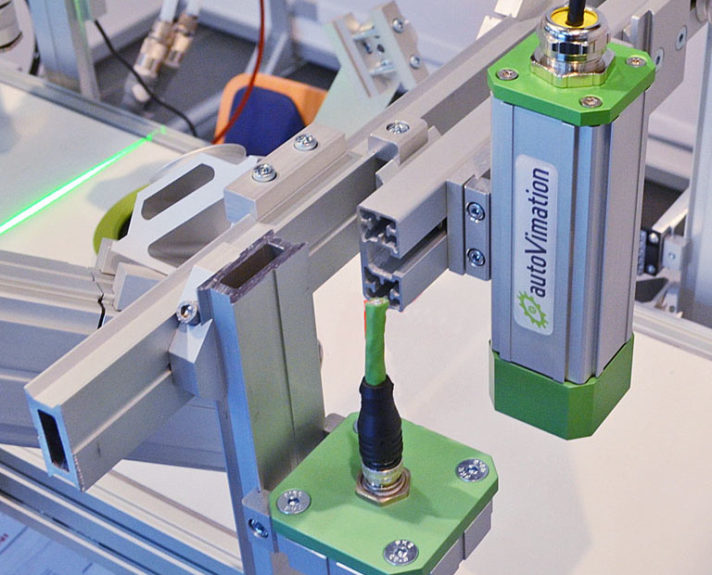 vision-systems-1-1_quick-set-wird-bei-vision-system-fuer-optische-kontrollen-eingesetzt_quick-set-is-used-in-vision-systems-for-the-visual-inspection