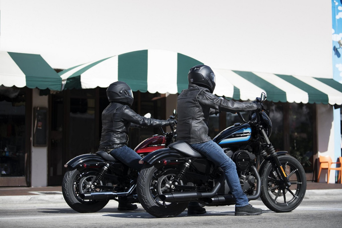 Harley Davidson: Harley-Davidson Unveiled New Iron 1200 And Forty-Eight