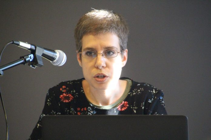 Esther Travé, historiadora