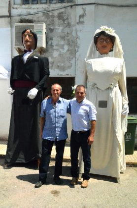 Gegants de Can Bros -el Josep i l'Eulàlia- i els seus portadors