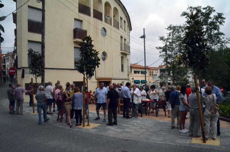 Inauguració de la plaça Germanes Maestre