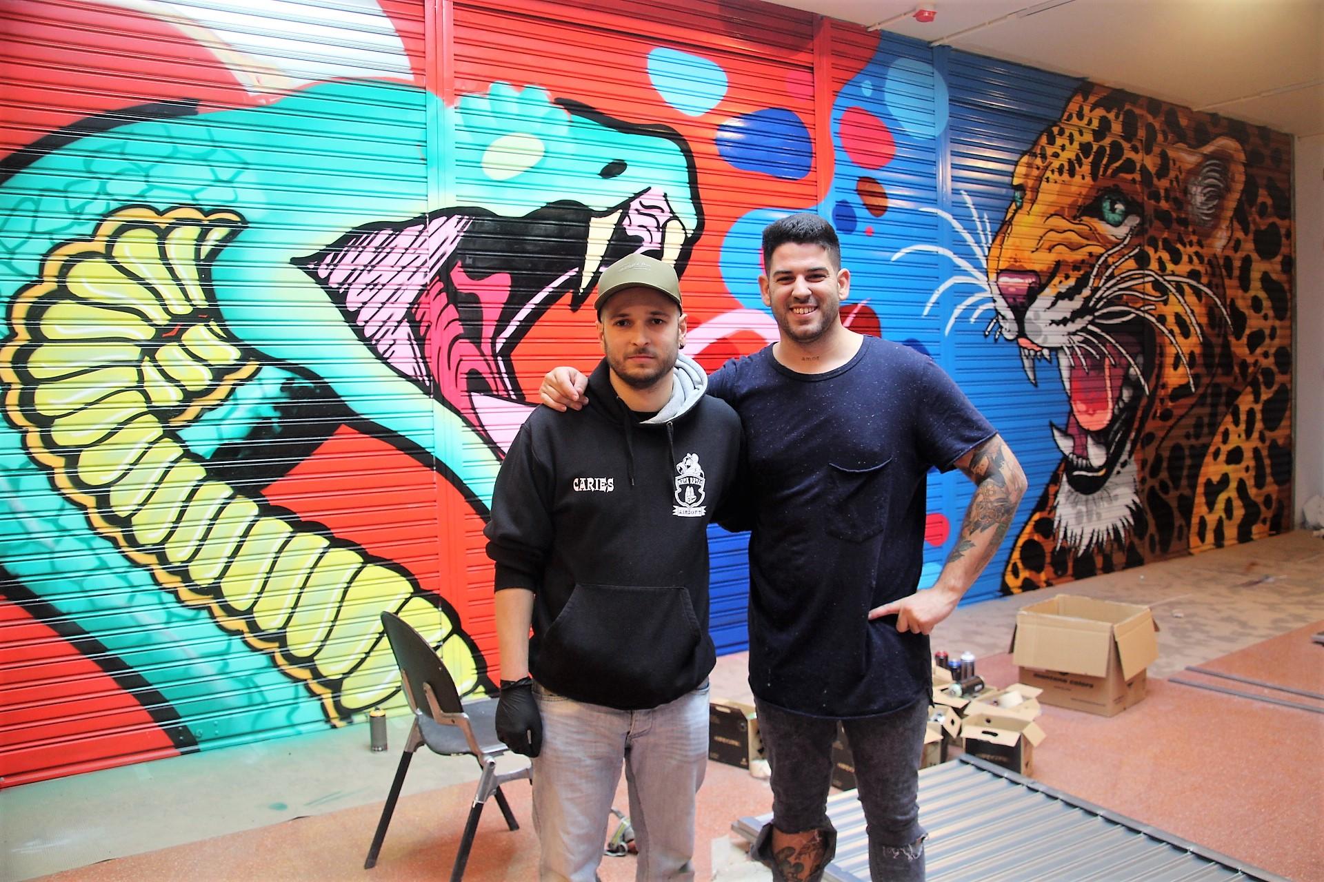 Marc i Ray 27 i la seva creació al Centre Cultural. IntARTvencions