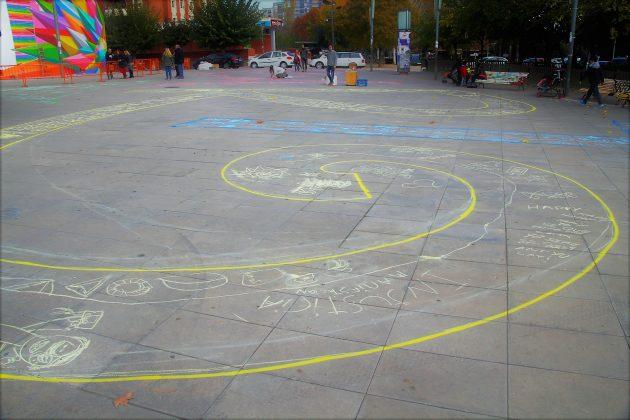 IntARTkids, amb Enric Font, a la plaça de les Cultures