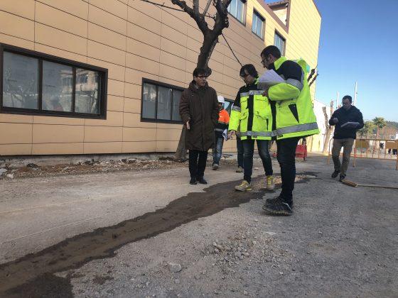 L'alcalde Xavier Fonollosa visita obres Can Carreras