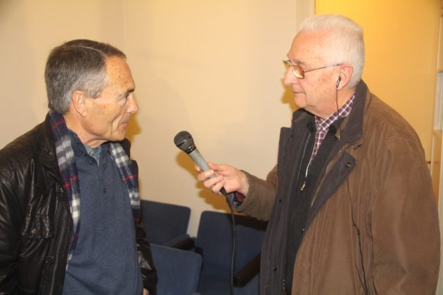 Rafael López, president Amics Sant Antoni, i Cisco Sáenz de Pablo, locutor Ràdio Martorell