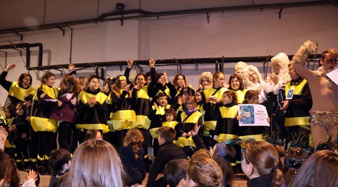 Lliurament de premis del Carnaval. Premi Salut Hàbit Saludable a la colla Capgrossos de Martorell