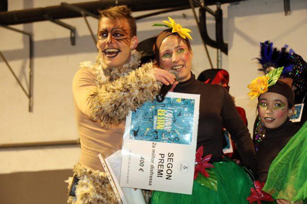 Lliurament de premis del Carnaval. 2n Premi Millor Disfressa. Colla Pop Corn